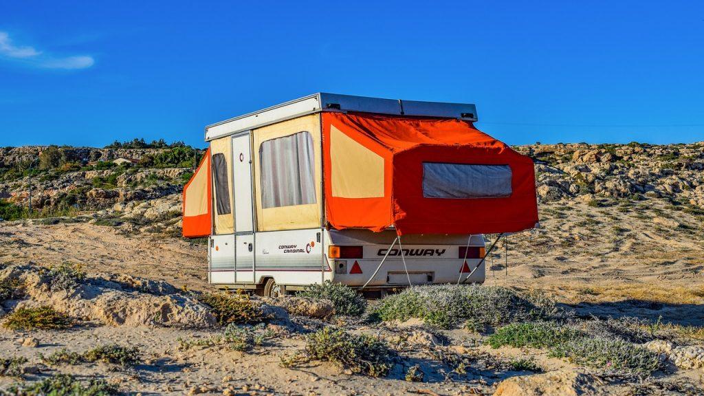 Campen auf Mallorca, Wohnwagen, Zelt